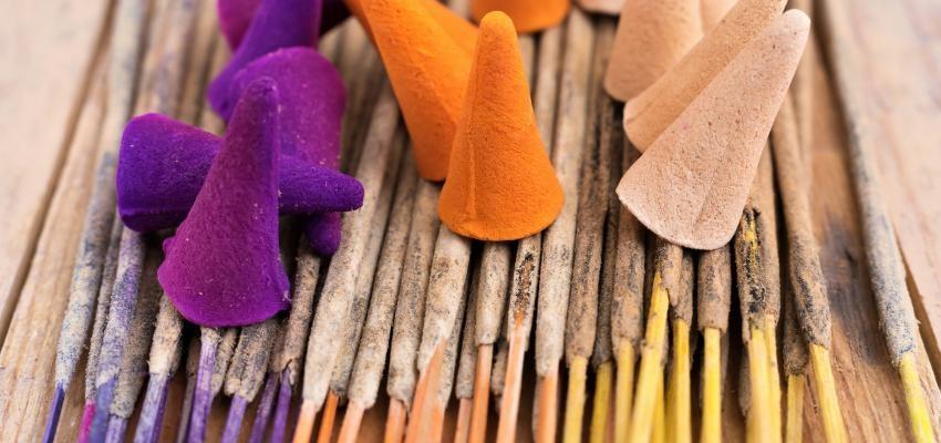 Significations et bienfaits de l'encens de lavande - WeMystic France